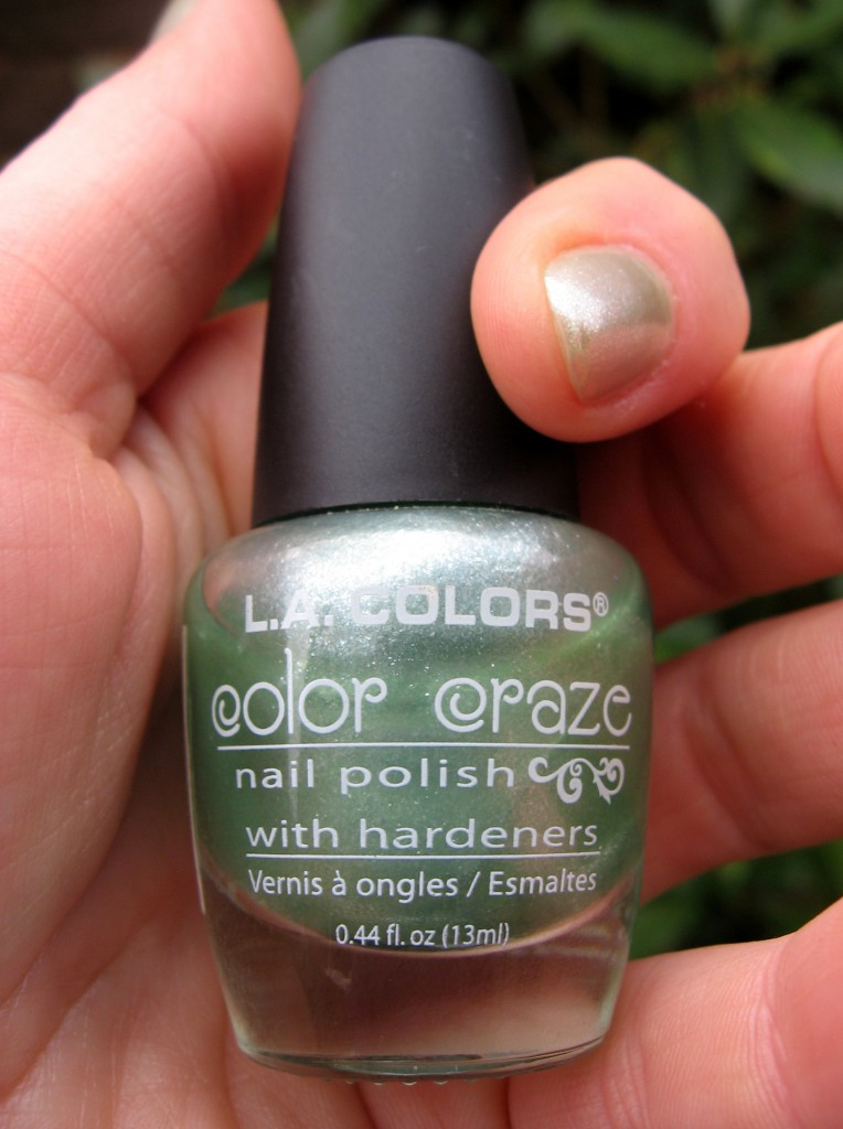 LA colors 'Green Tea' nail vanish
