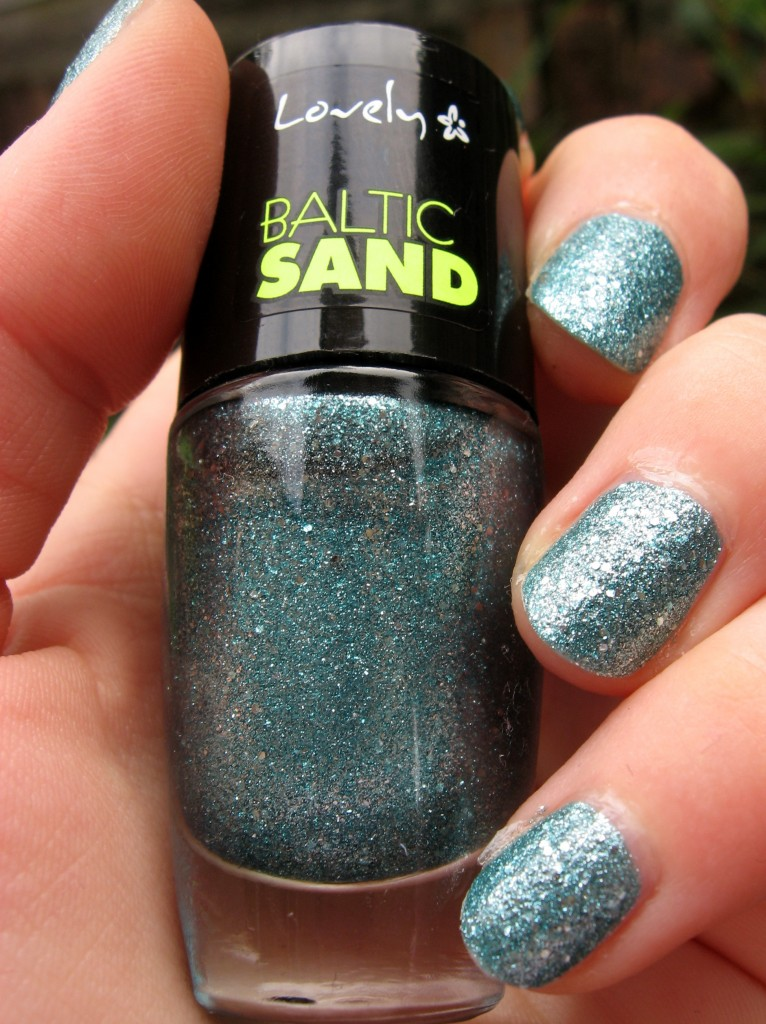 lovely baltic sand 2 swatch