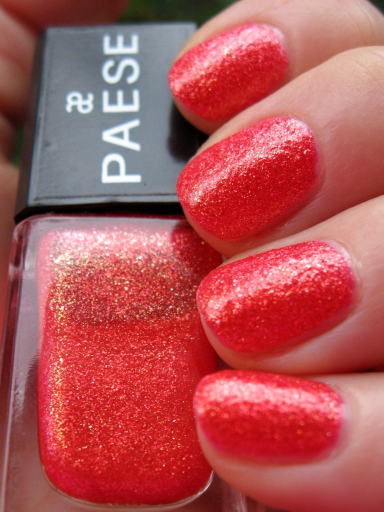 Paese 325 swatch