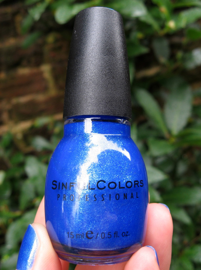 Sinful Colors 'Blue by you' nail polish