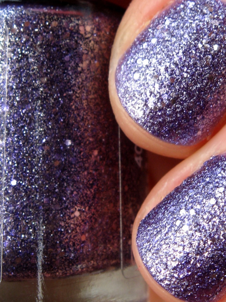 Rimmel Space Dust 006 'Moon Walking' nail polish swatch