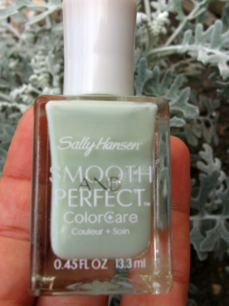 Sally Hansen Smooth and Perfect 'Sea' nail polish
