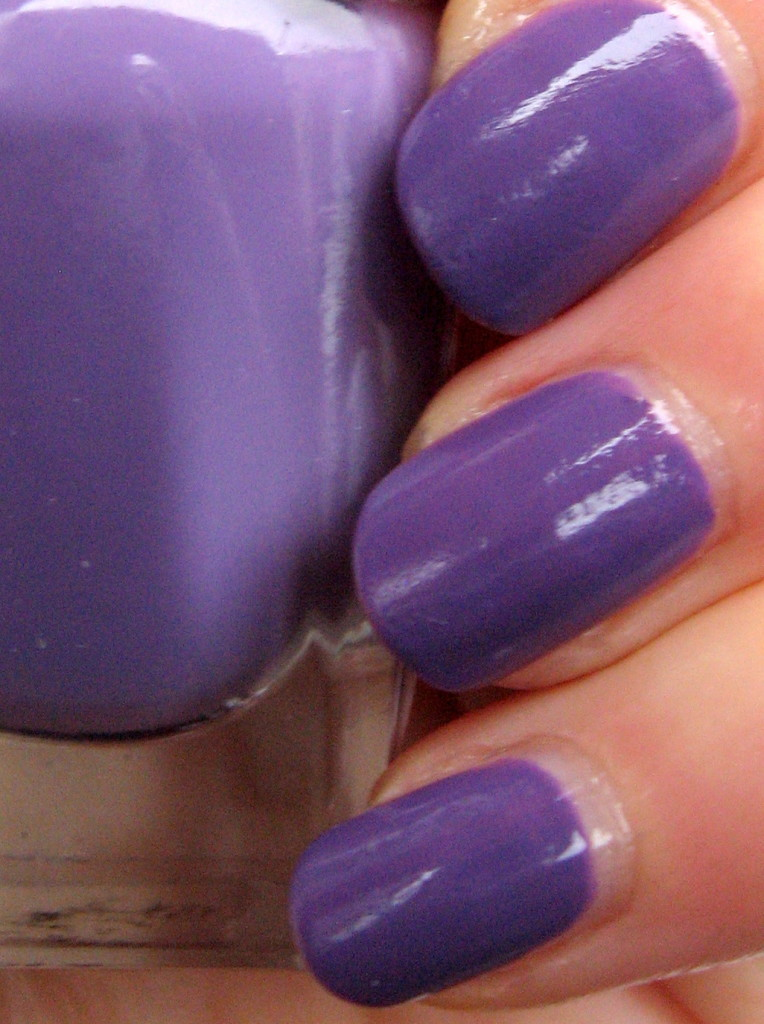Sally Hansen 'Good to Grape' 409 nail polish swatch